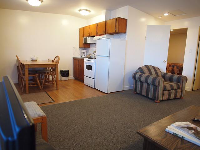 2-bedroom-kitchen-1